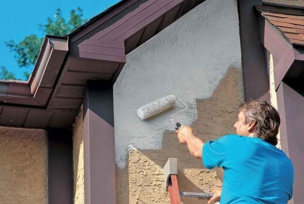 Как покрасить фасад дома своими руками 83